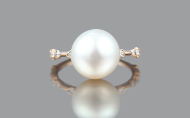 Pearl Diamond Dotted Ring