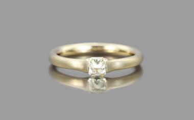 Diamond Adamas Ring-Iceberg
