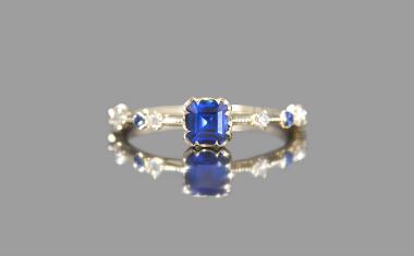 Sapphire Paeonia Ring