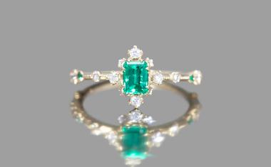 Emerald Snowflake Ring